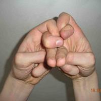 Введение в мудры (пальцевые замыкания)